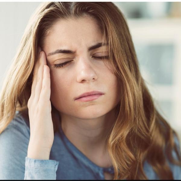 1,5 Milliarden Menschen sind immer wieder von Spannungskopfschmerzen