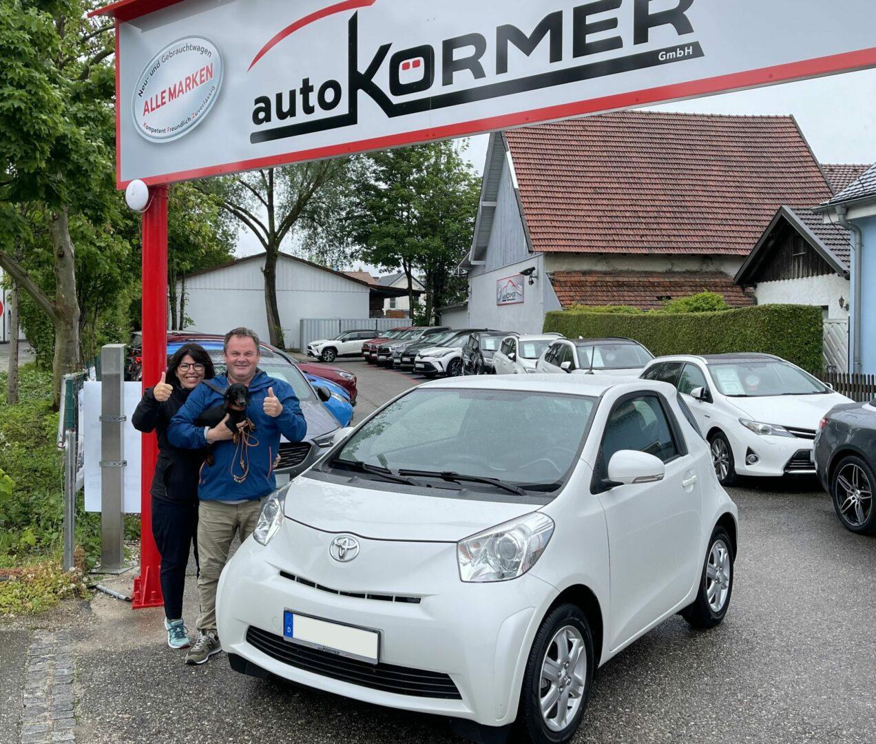 Gratulation zum neuen Toyota iQ Familie Frick