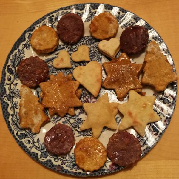 Süßkartoffeln in Weihnachtsplätzchen