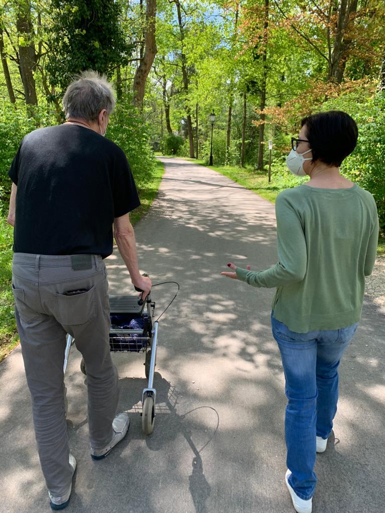 Spaziergang zu zweit in Ismaning